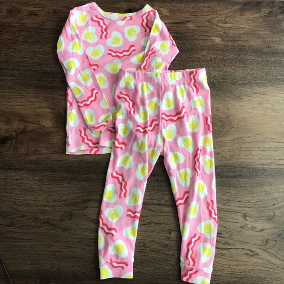 NEW BABY GAP Kids Girl/'s Two Piece Yellow Cupcake Long Sleeve PJ Pajama Set 3T 3